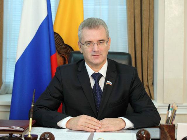 Впреддверии нового года Иван Белозерцев ответит навопросы детей