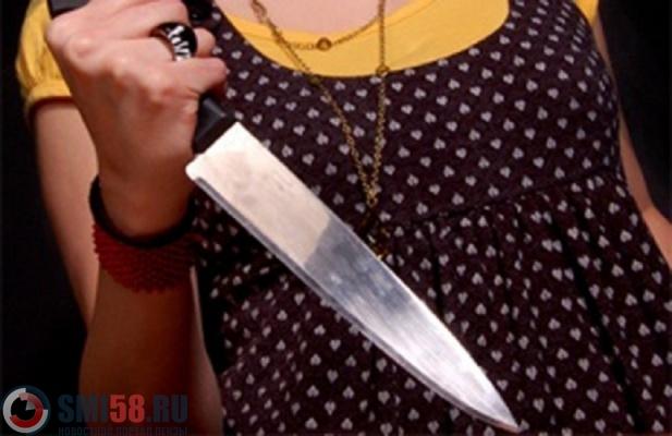 ВПензе женщина ударила мужчину ножом вживот