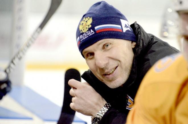Кирилл Двуреченский начал просматривать 12 новых игроков