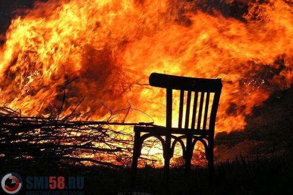 Два человека сгорели в личном доме вПензенской области