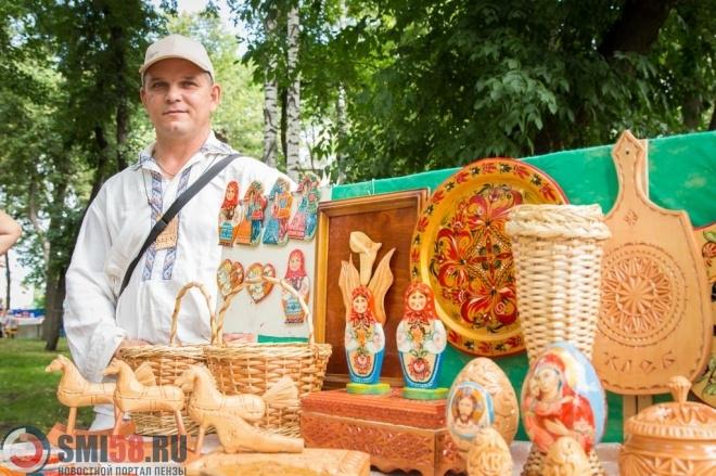Сквер имени Лермонтова мэр Пензы проверил наготовность кпразднованию Спаса