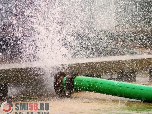 Коммунальная авария наулице Мира вПензе оставила без воды десятки домов