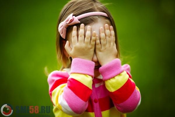 ВСурске мужчина накинулся на8-летнюю девочку иначал еедушить