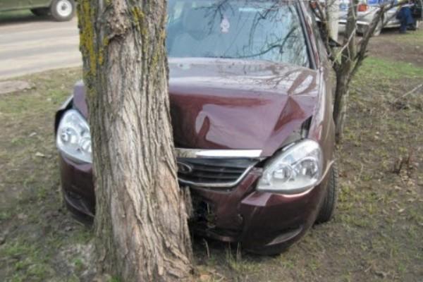 ВКузнецком районе ночью перевернулась легковушка, есть пострадавшие