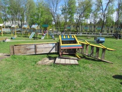 Под Пензой на6-летнего ребенка упала деревянная горка